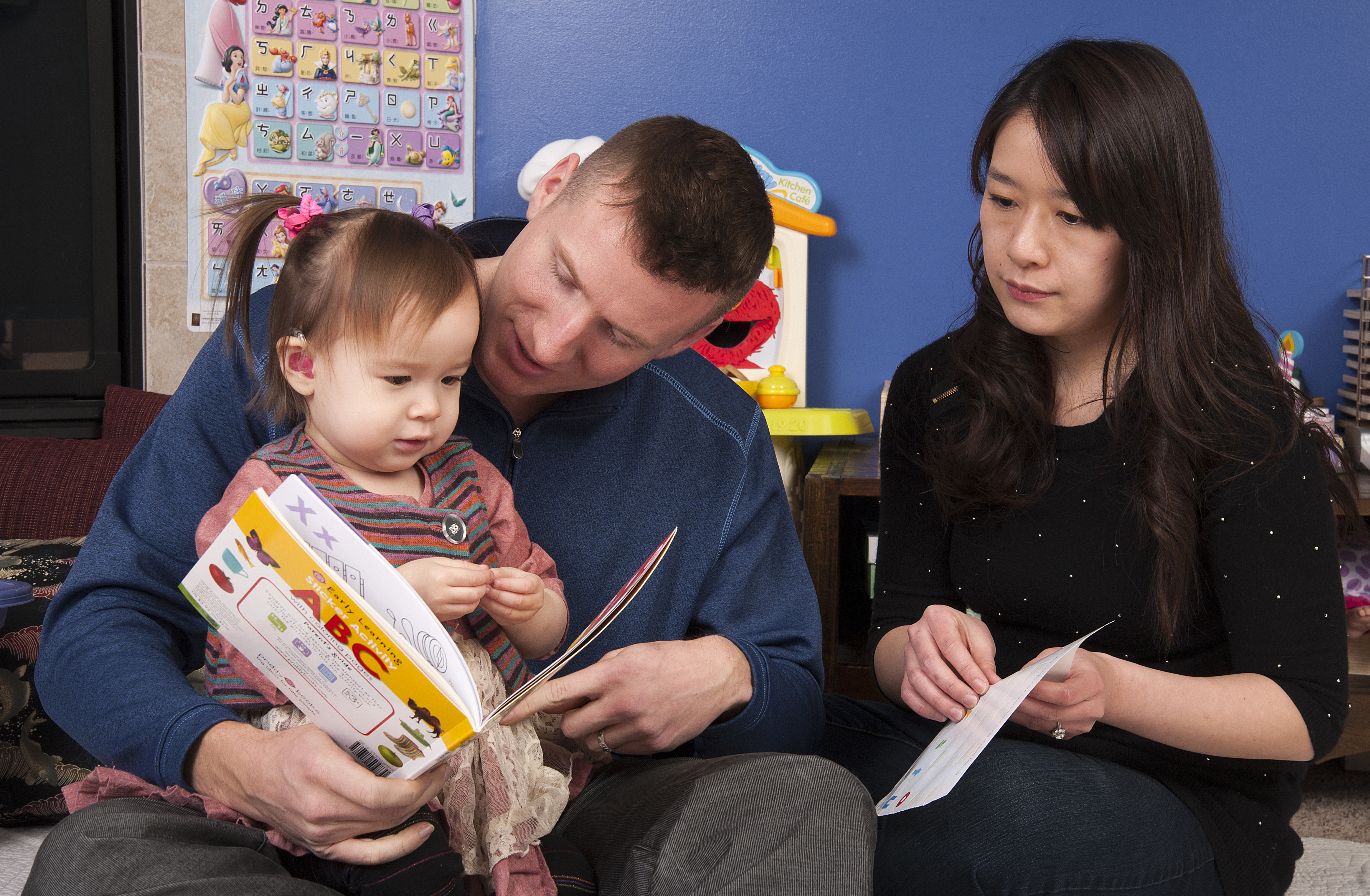 Reading with Child with Hearing Aid